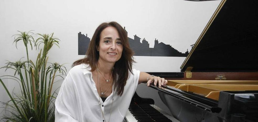 La pianista que investiga la música