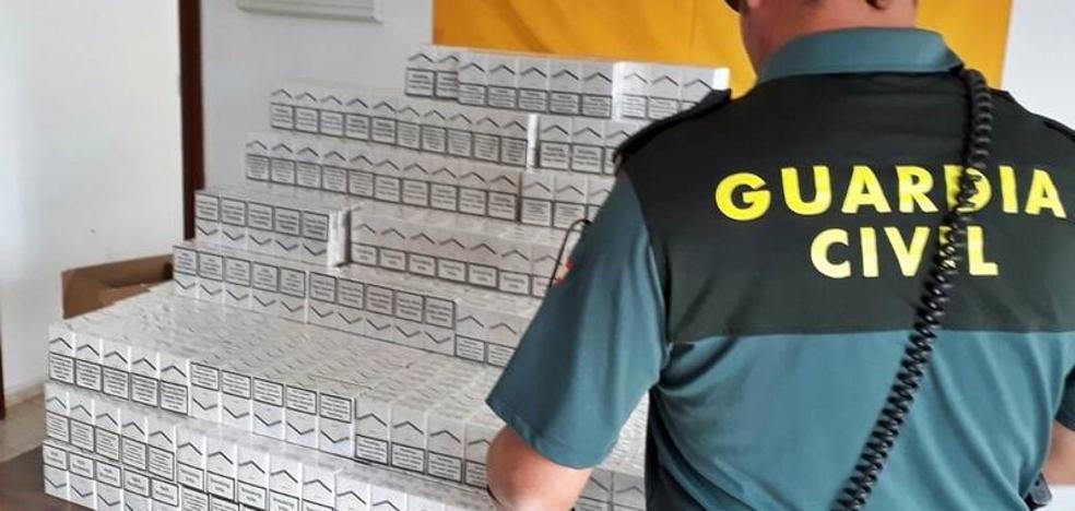 Interceptan una furgoneta con 2.500 cajetillas de tabaco ilegal en Calzadilla