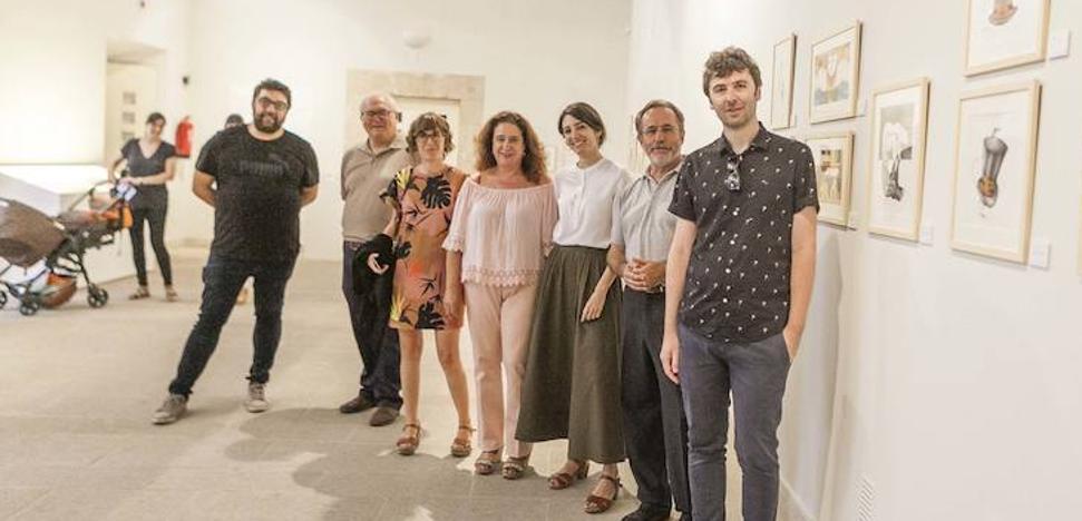 Exposición 'Pluma, papel y tijeras' en el Archivo Histórico