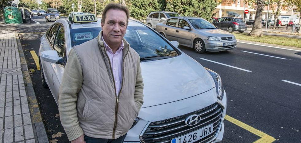 El taxi costará cuatro euros a los universitarios pacenses este jueves