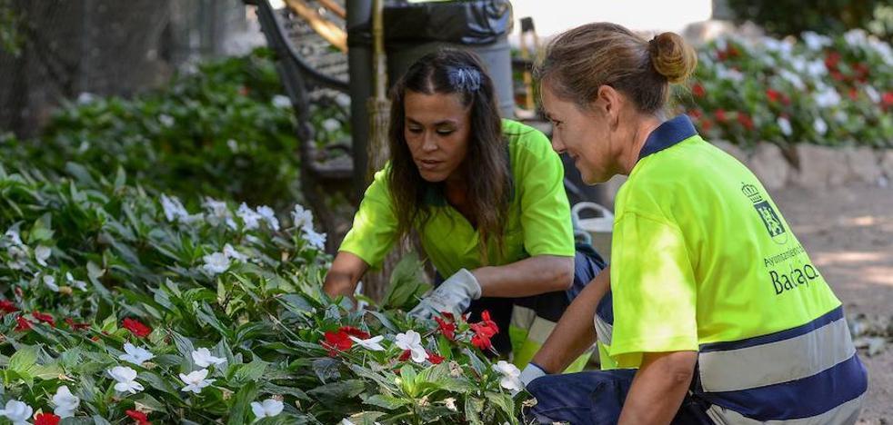 Los jardineros de Badajoz piden más personal para cumplir con su trabajo