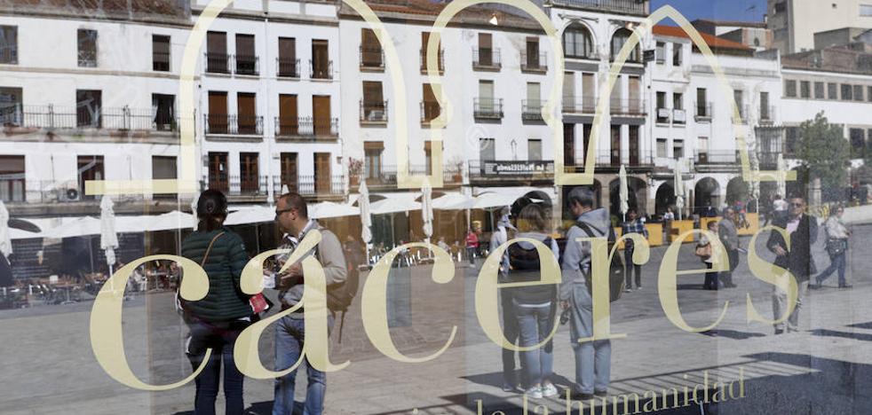 Cáceres cierra el verano con 13.564 turistas más, según el Ayuntamiento