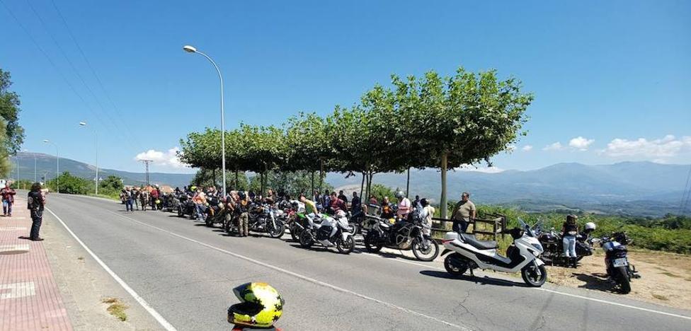 Promueven un monumento en Jaraíz en memoria de los motoristas que han muerto en la carretera