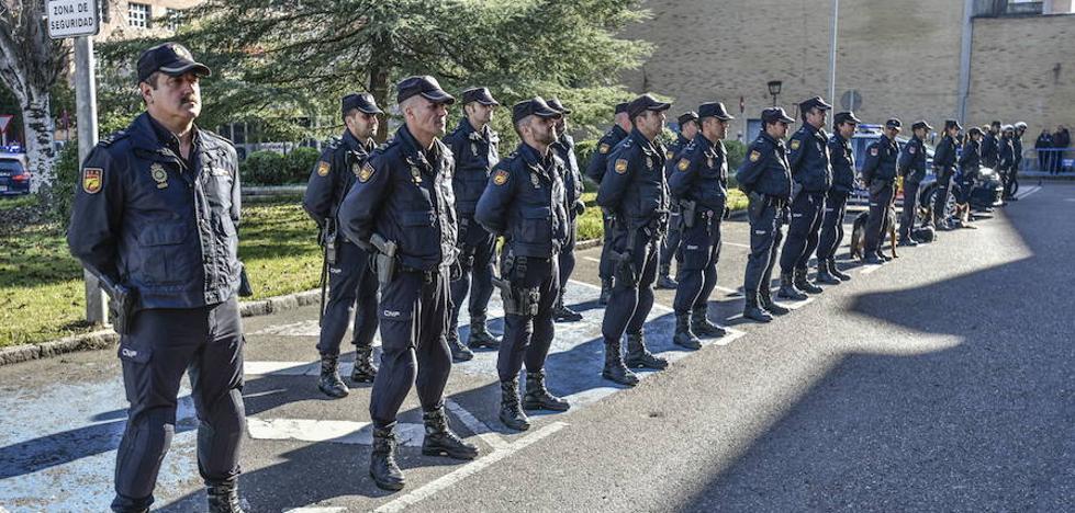 Badajoz refuerza la seguridad con dos mil servicios policiales y sacos de tierra
