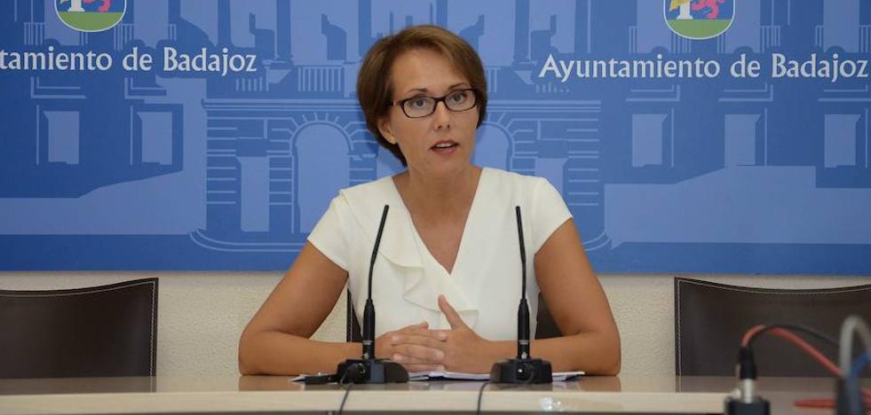 Solana apuesta por que la Junta asuma los conserjes de los colegios pacenses