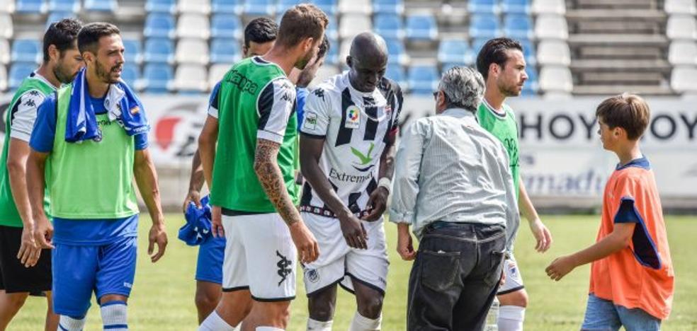 El Badajoz, pendiente de la lesión de Diakité
