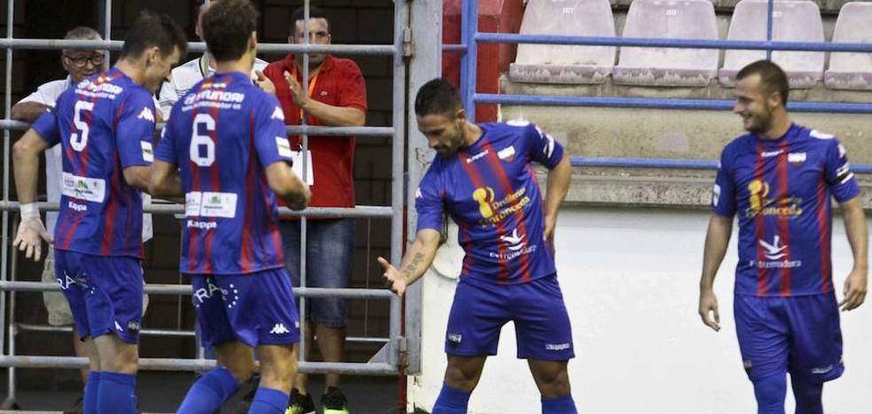 Los clubes extremeños de Segunda B fijan el precio para los derbis