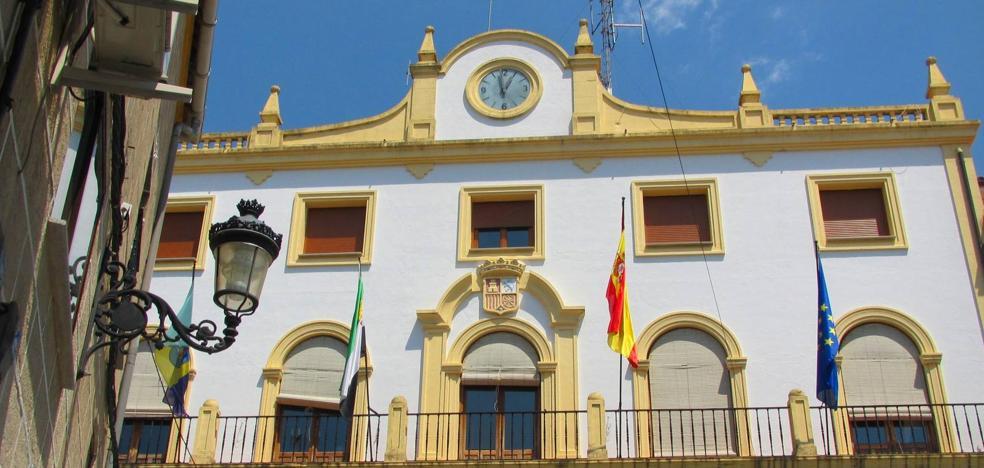 Cuatro ediles de Jaraíz denuncian que el alcalde incumple tres acuerdos plenarios