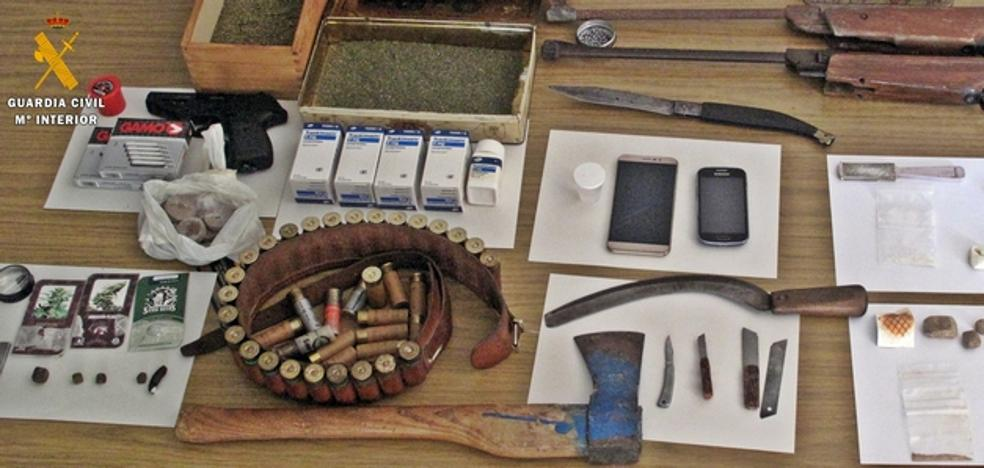 Desmantelado un punto de cultivo y tráfico de drogas en Fregenal