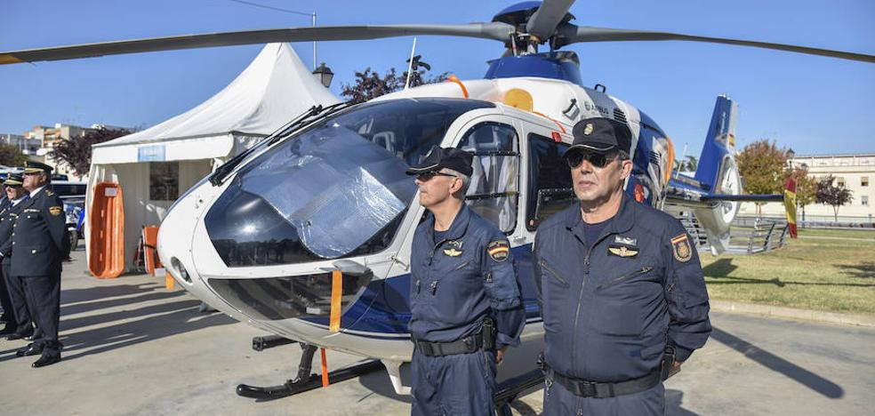 El helicóptero de la Policía Nacional aterriza en Menacho