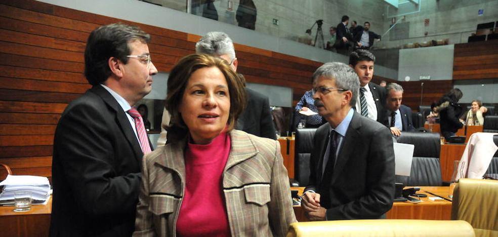 Fernández Vara no llevará los Presupuestos a la Asamblea sin tenerlos pactados antes