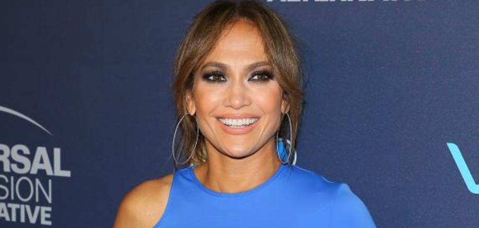 Jennifer Lopez dona un millón de dólares a Puerto Rico