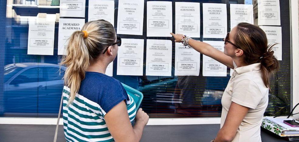 Los terapeutas ocupacionales critican su ausencia en la bolsa de trabajo del SES