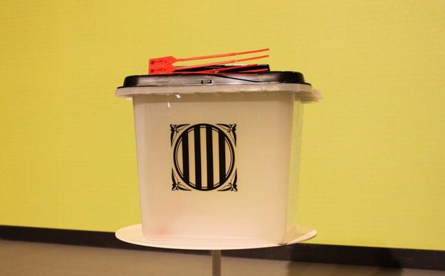 10.000 urnas 'made in China' y 'low cost' compradas en Guangzhou