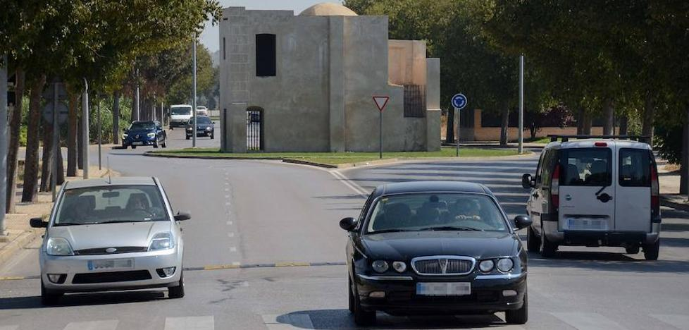 Los vecinos piden medidas para reducir la velocidad de los coches en la Ronda Norte de Badajoz