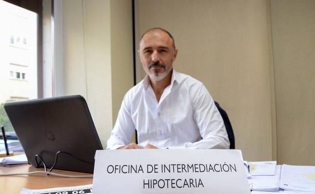 La oficina de mediación hipotecaria de Badajoz ayuda a 600 familias en un año