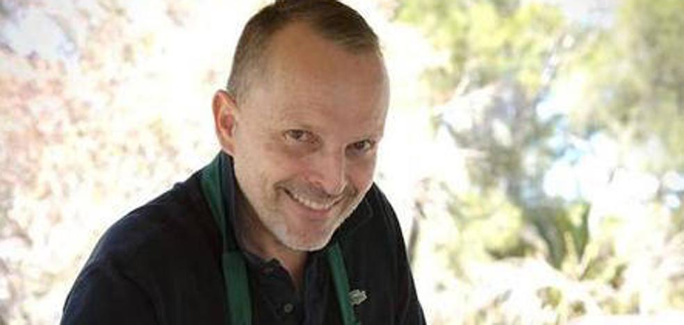 Una empresa extremeña compra la fábrica de jamones que tuvo Miguel Bosé en Montánchez