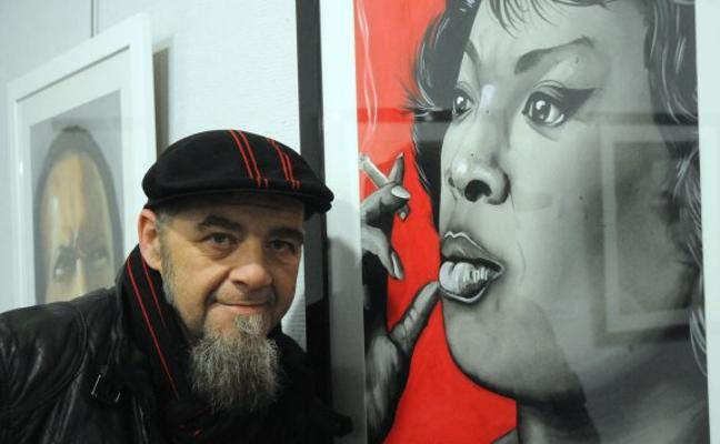 El artista pacense Gene García se recupera de un trasplante de riñón en Barcelona