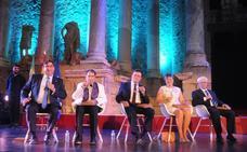 Eliminado el límite de cinco años para otorgar a personas fallecidas la Medalla de Extremadura