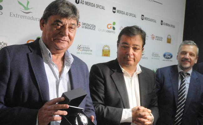 José Fouto, nombrado presidente honorífico del Mérida AD