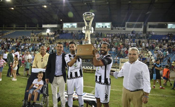 El Badajoz se proclama campeón del Trofeo Ibérico