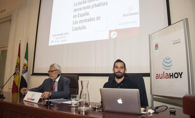 Carlos Igualada inaugura el curso del Aula HOY