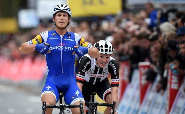 El italiano Matteo Trentin se impone en la París-Tours