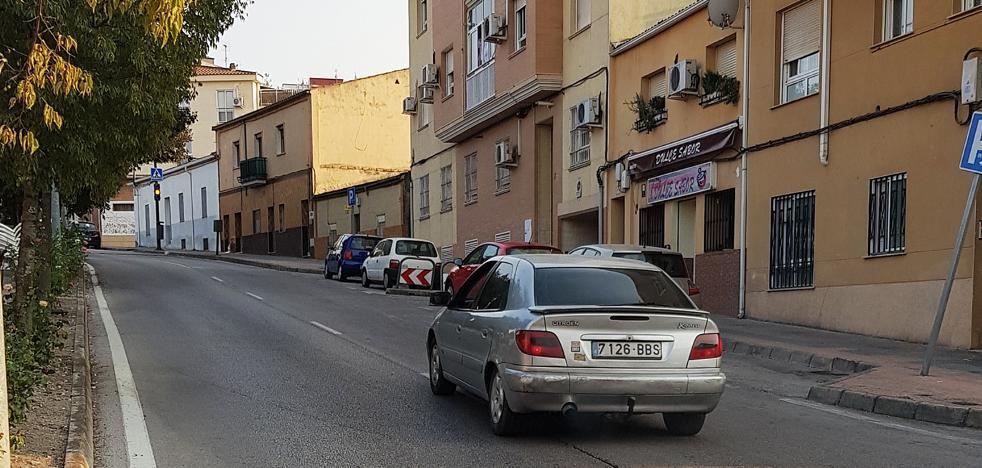 Aguas Vivas pide suprimir el doble carril en la entrada a Cáceres desde Casar