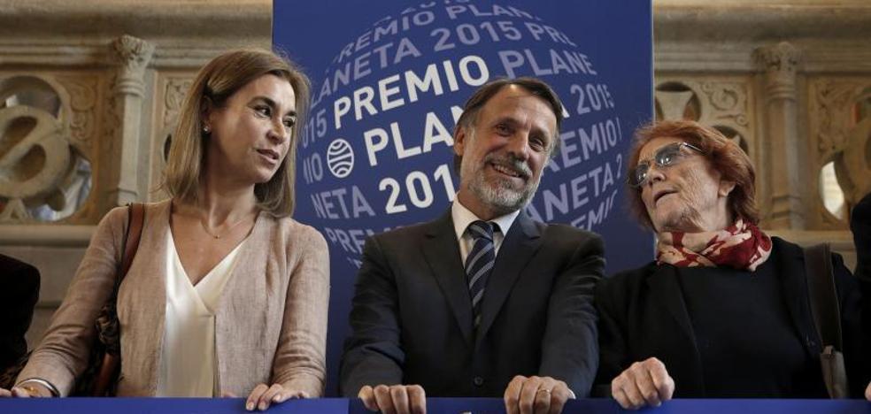Planeta, la primera en trasladar su sede a Madrid tras escuchar a Puigdemont