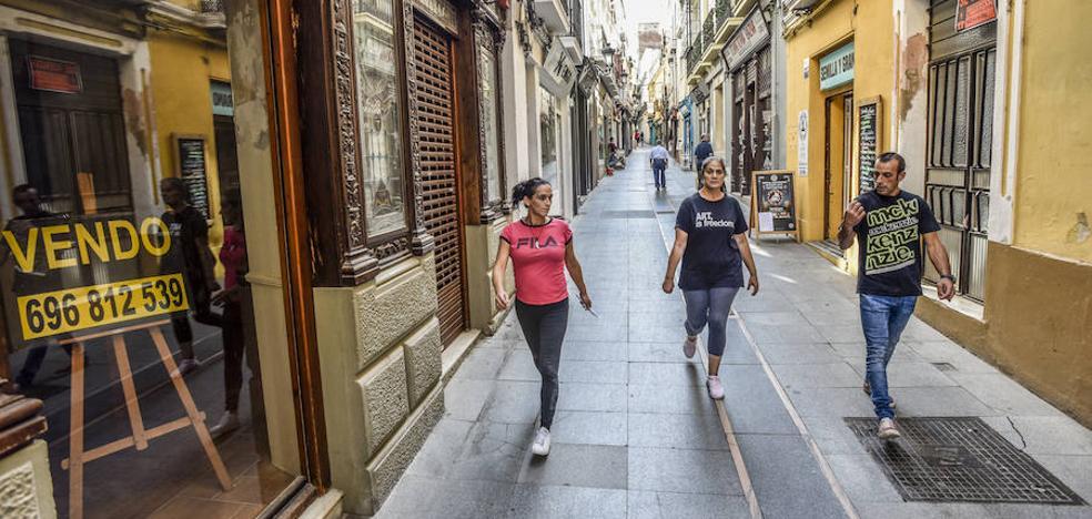 El comercio de la calle Soledad de Badajoz recibirá un impulso para las Navidades