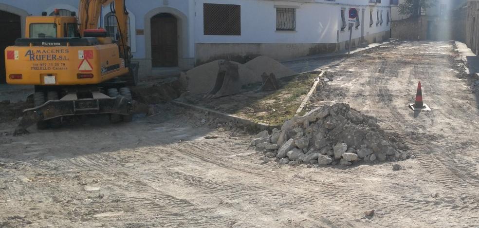 Habrá mejoras del asfaltado en Trujillo con una inversión de 100.000 euros de la Diputación