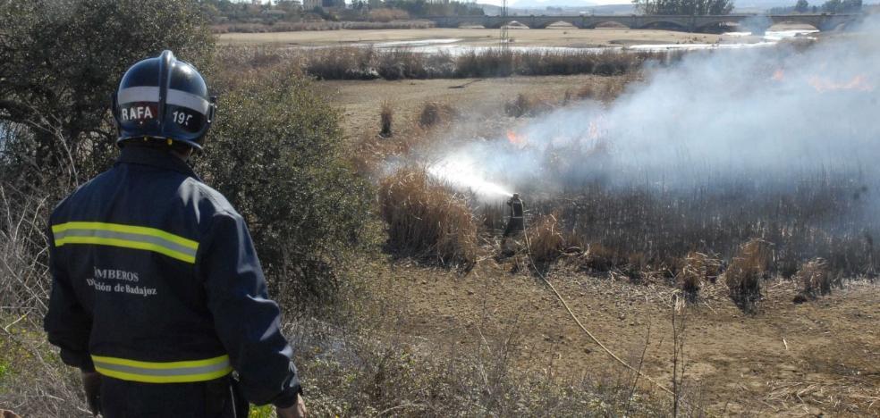 La Junta mantiene la prohibición de quema de podas o rastrojos hasta el 22