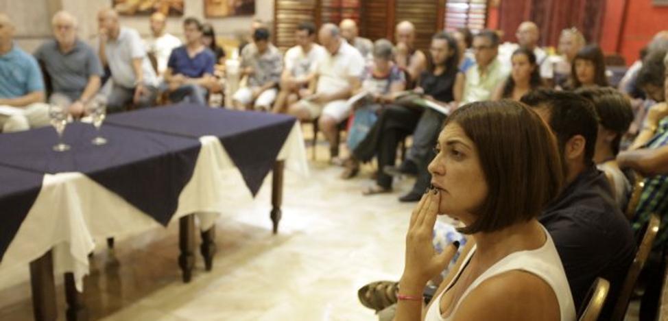 La Plataforma Salvemos la Montaña celebra este domingo un taller de recogida y aderezo de aceitunas