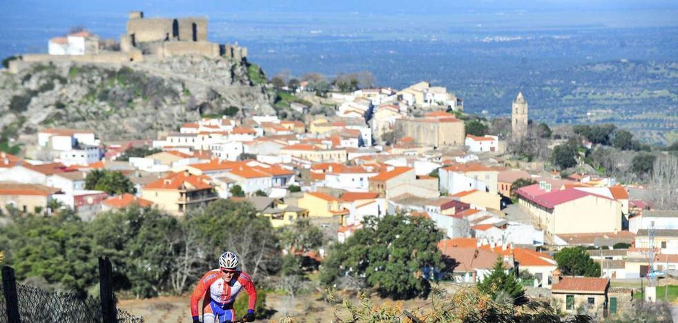 Música, danza y mercado, en el programa 'Cultura crea Turismo', que llega este fin de semana a Montánchez