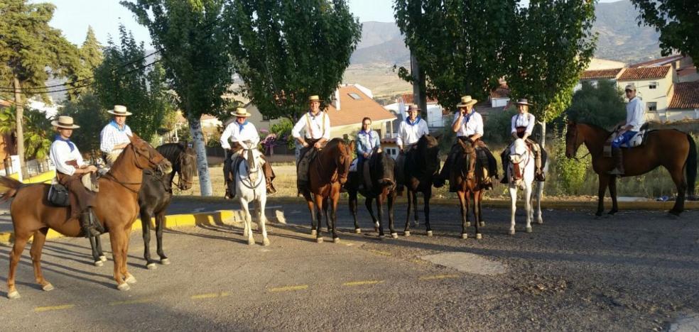 El 'Honrado Concejo de Trujillo', de reciente creación, cuenta con unos cincuenta caballistas