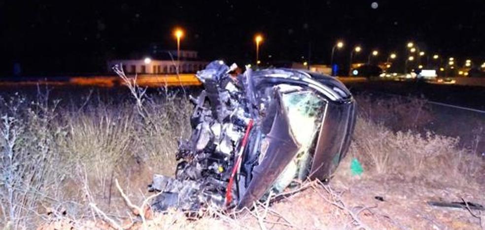 Tres heridos en Calamonte al salirse de la vía el coche en el que viajaban