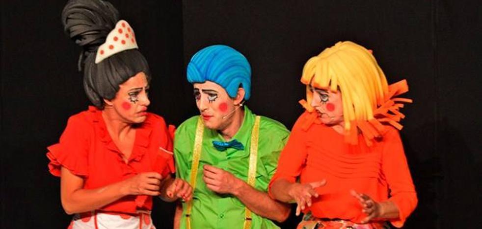 Representación de 'Purísimo teatro' en el López de Ayala