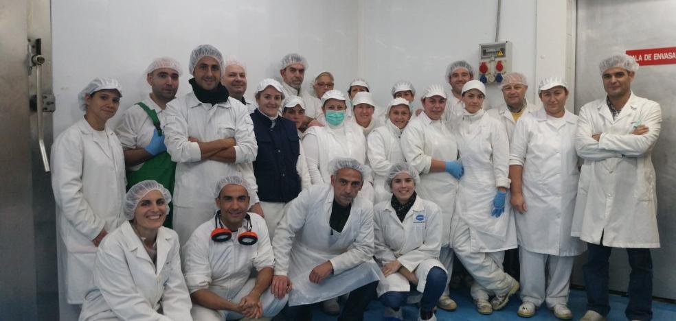 Pinchomanía renueva la tradición del salazón y el ahumado