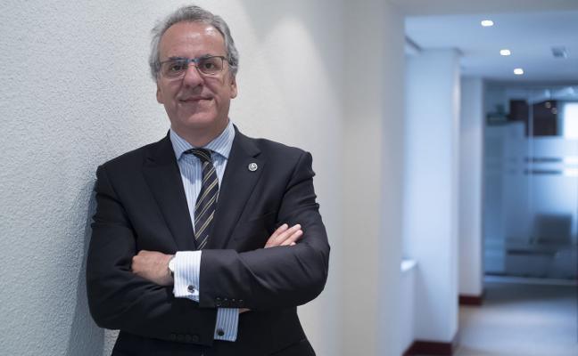 «En España ni sobran universidades ni universitarios»