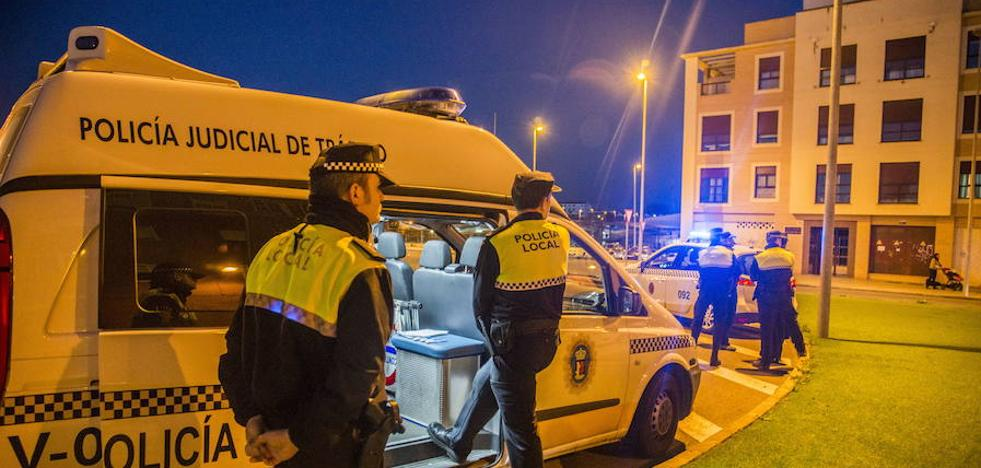 Detenido por fugarse, circular sin carnet y dar positivo en alcoholemia, en Badajoz
