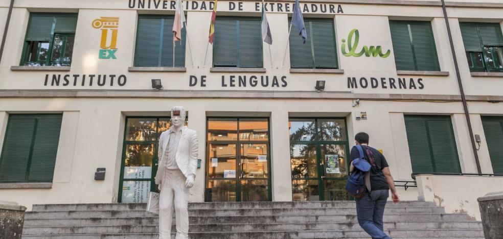 El Instituto de Lenguas pierde un 40% de alumnos en Cáceres