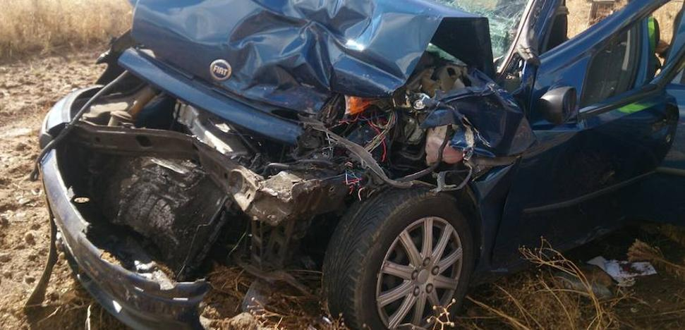 Tres heridos en un accidente en la carretera que une Cáceres y Badajoz
