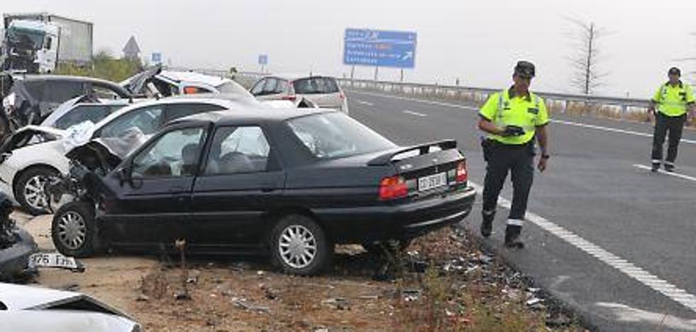 Una unidad especializada del Subsector de Tráfico de Mérida investiga las causas del accidente