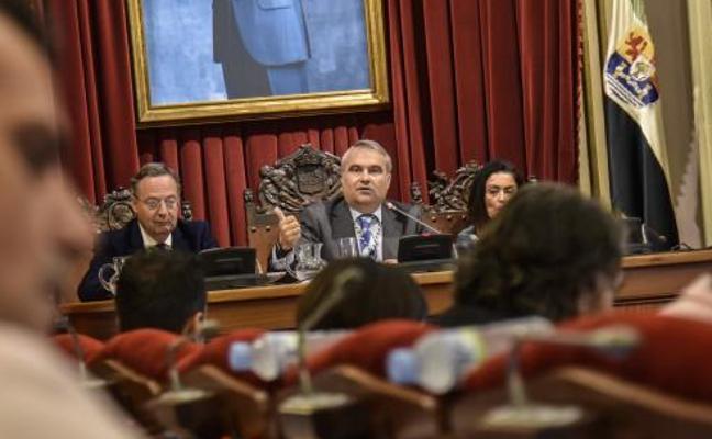 Borruel denuncia a Fragoso por acusarle de «prevaricación»