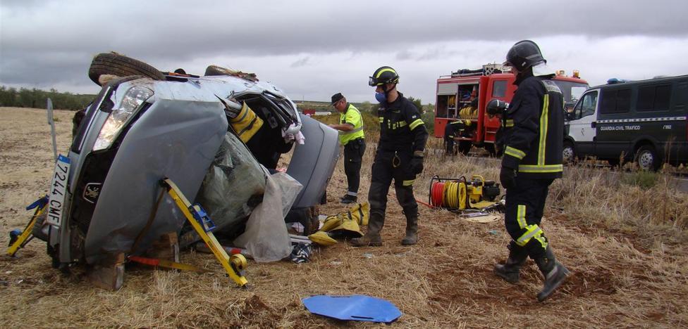Una mujer de 35 años, herida en un accidente en Ribera del Fresno