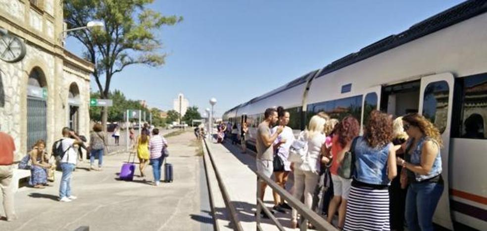 Derechos de los viajeros del tren extremeño afectados por retrasos y averías