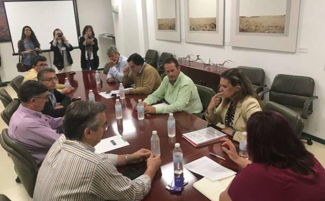 Organizaciones agrarias se adhieren al Pacto Social por el Ferrocarril