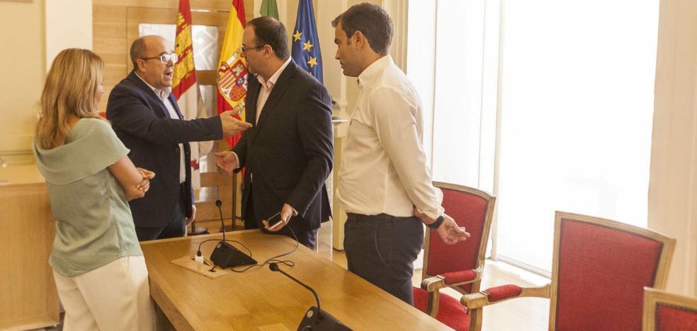 El exarquitecto municipal de Torrevieja Víctor Costa, nombrado jefe de Urbanismo