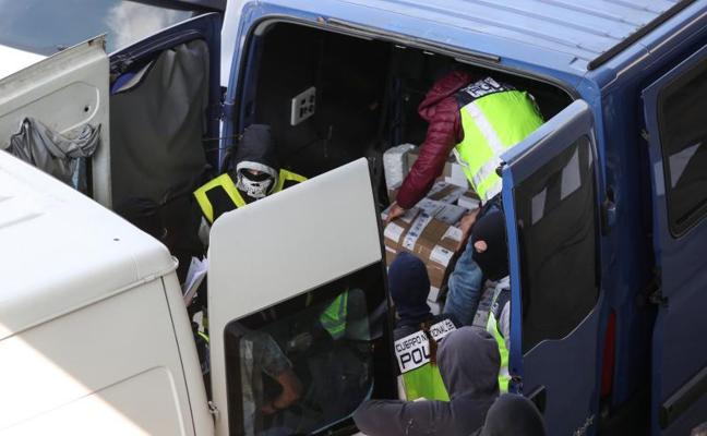 La juez ordena incautar documentos «sensibles» de Mossos que iban a quemarse