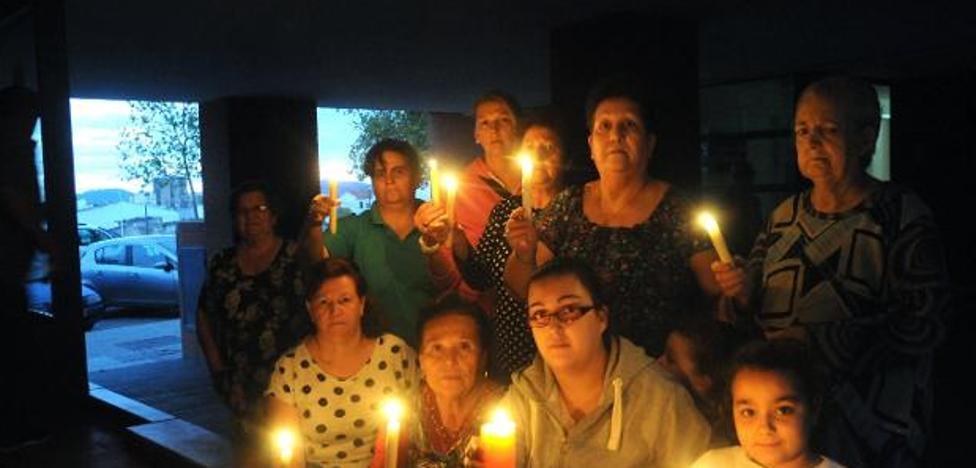 El Ayuntamiento de Mérida y la Junta abordarán la problemática del corte de luz en Juan Canet